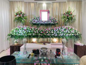 町屋斎場の花祭壇